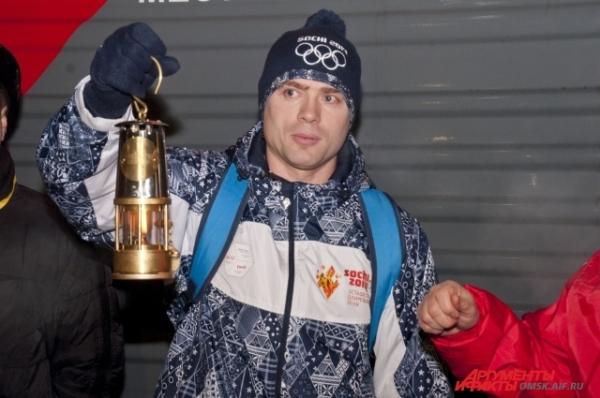 От нее и зажёгся первый омский Олимпийский факел.