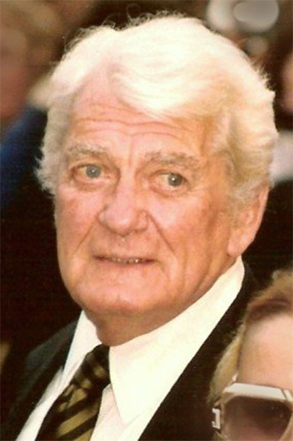 В 1993 году Жану Маре была вручена почётная премия «Сезар». Тогда вместе с ним этой же награды были удостоены Марчелло Мастроянни и Жерар Ури.