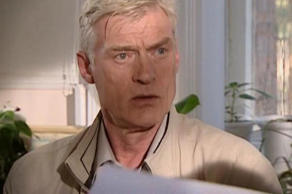 Широкому зрителю Борис Щербаков также хорошо известен по роли генерала Бородина в нашумевшем комедийном сериале «Солдаты».
