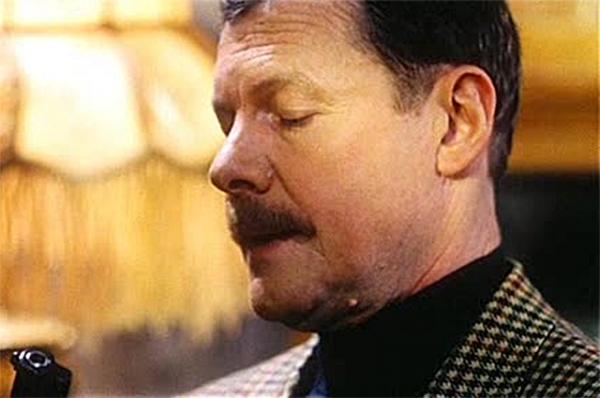В конце 90-х Соломин сыграл одну из главных ролей в психологическом детективе Андрея Разенкова «Тесты для настоящих мужчин», где также блеснул Алексей Серебряков. Эта картина получила Гран-при конкурса «Кинотавр» и две награды премии «Виват, кино России!»
