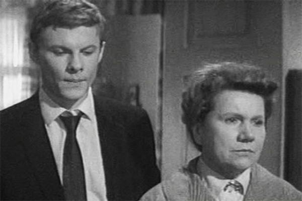 Кинокарьера Виталия Соломина началась ещё в 60-х, а его первой главной ролью стала работа в картине Павла Любимова «Женщины» 1965 года.