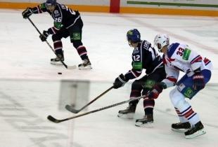 Хоккей: «Сибирь» потерпела поражение в Омске
