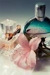 Сейчас парфюмерное подраздление Christian Dior выпускает множество линий мужского иженского парфюма, аароматы Miss Dior, Diorama иDiorissimo, выпущенные ещё при жизни кутюрье, составляют ряд классических ароматов Диора.