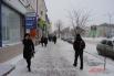 Улица Гончарова и в воскресенье – деловая