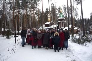 Волонтеры показали челябинским сиротам святые места Урала