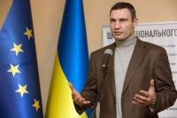 Экс чемпион мира по боксу, а ныне претендент на кресло президента Украины Виталий Кличко.