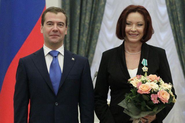 На протяжении своей карьеры Вертинская удостоилась ряда наград. Ещё в 80-х она получила звания Заслуженной артистки РСФСР и Народной артистки, а в 2005-м была удостоена Орденом Почёта.