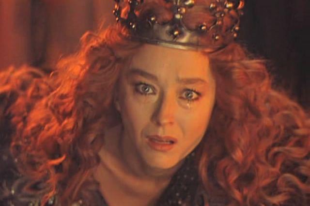 В 80-х Вертинская сыграла несколько неоднозначных ролей, в том числе нехарактерных для нее отрицательных персонажей, например, герцогиню в «Житие Дон Кихота и Санчо» и Моргану в «Новых приключениях янки при дворе короля Артура».