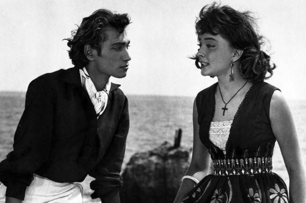 Позже актриса снисходительно называла этот проект «банальным фильмом на уровне шлягерной беллетристики», но он укрепил её в статусе звезды всесоюзного масштаба.