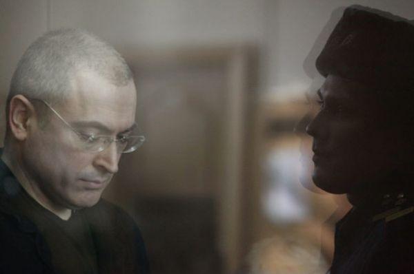 Ходорковский в здании Хамовнического суда Москвы, 2010 год.