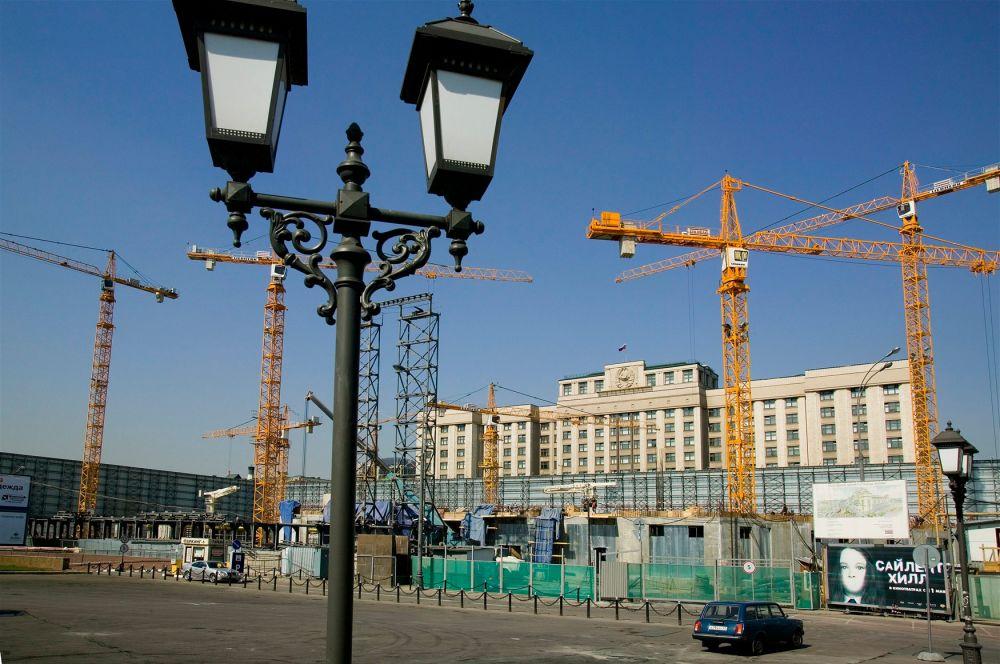 По заявлению проектировщиков, заново отстроенное здание будет в точности повторять форму прежнего.