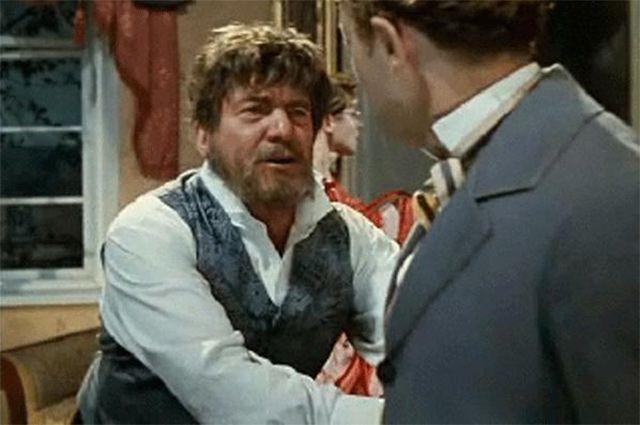 В том же году Крючков сыграл Неуеденова в фильме «Женитьба Бальзаминова» Константина Воинова, снятого по мотивам произведений Александра Островского.