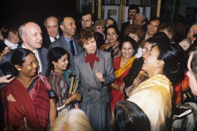 Раиса Горбачева на открытии выставки «Женщины Индии» в ЦДХ, 1988 год.