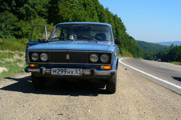 В 1976 году на базе ВАЗ-2103 была разработана модель 2106 – 4-х дверный седан, представлявший собой очередную переработанную версию Fiat 124.