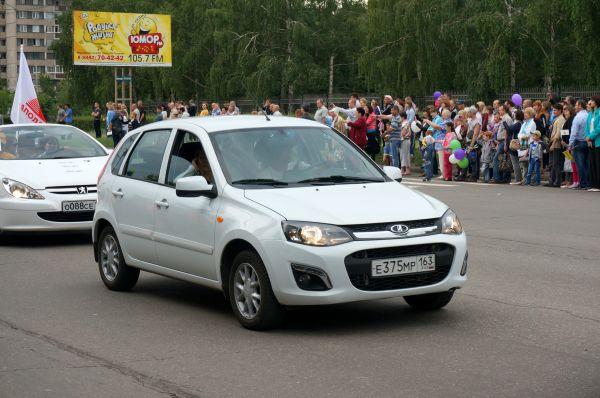 Через девять лет на смену пользовавшейся популярностью «Ладе 110» «АвтоВАЗ» представил машину «Калина». Автомобиль был представлен как с кузовом седан, так и хэтчбек. Сейчас завод продолжает выпуск «Калины» второго поколения.
