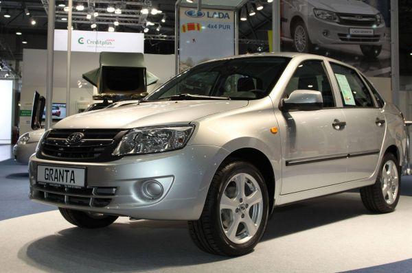 Последним на данный момент легковым автомобилем «АвтоВАЗа» стала линейка «Гранта», разработанная на базе «Калины». Продажи этой машины начались в декабре 2011 года, а в 2012 году была представлена модификация с автоматической коробкой передач.