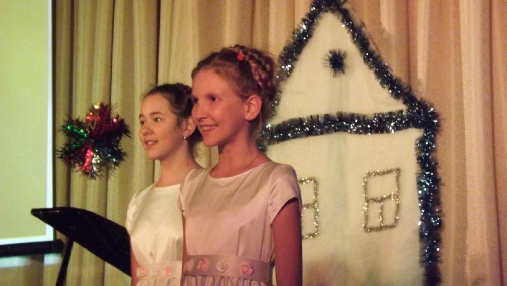 Детский хор спел радостную песню
