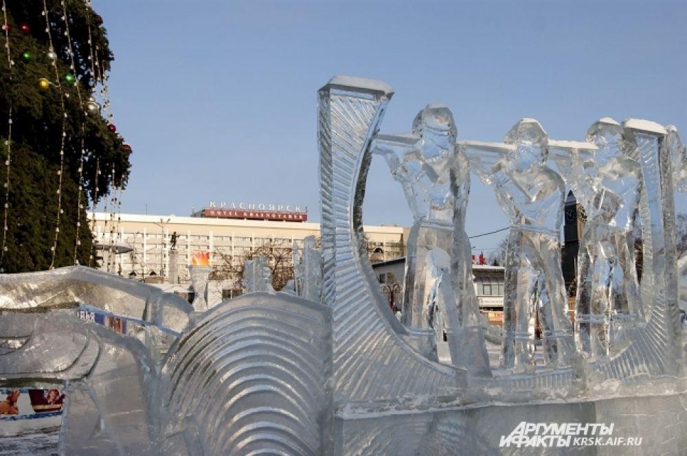Ледовые фигуры ждут открытия главной ёлки Красноярска