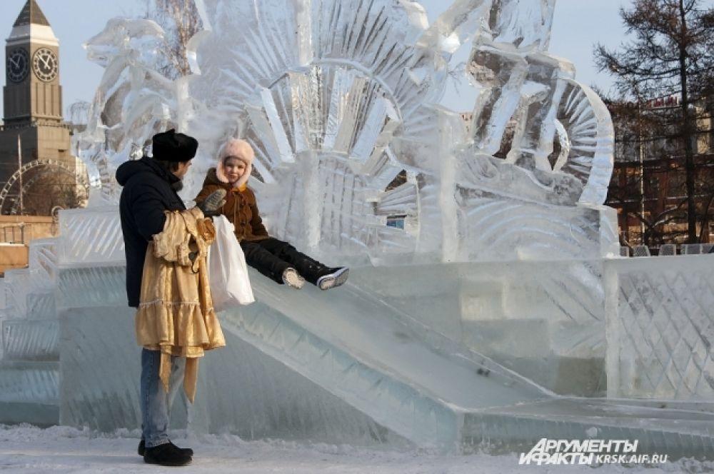 Новенькие скульптуры привлекают красноярцев