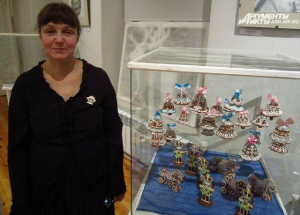 Мастер Наталья Матонина (на фото) для выставки в этом году приготовила козули в форме колокольчиков.