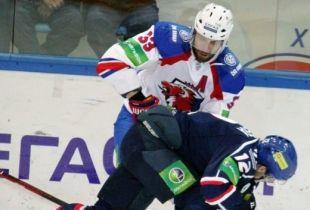 Хоккеисты из Екатеринбурга одолели новосибирскую «Сибирь»
