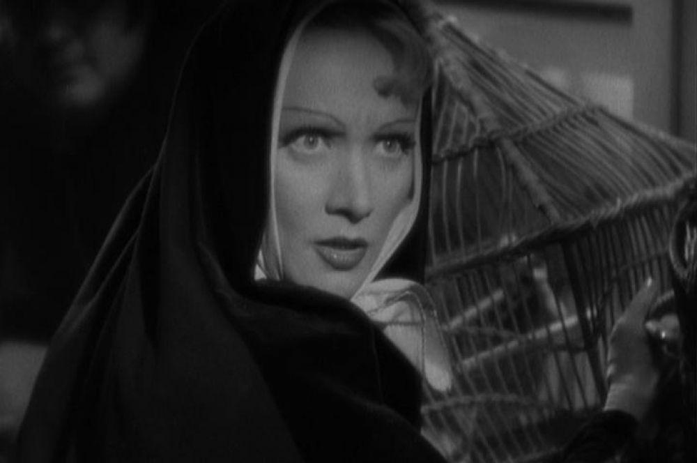 Картина «Дьявол – это женщина» стала последней совместной работой Дитрих и Штернберга. Это сотрудничество позволило актрисе отточить образ роковой женщины и завоевать статус суперзвезды мирового кино.