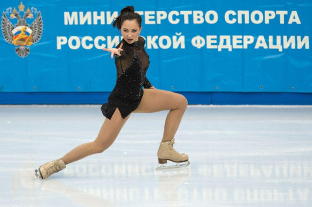 10-е место чемпионата России по фигурному катанию, Елизавета Туктамышева, 17 лет, победительница чемпионата страны и бронзовый призер чемпионата Европы в сезоне 2012/13.