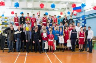 Первенство по боксу среди юниоров определило сильнейших в Новосибирске