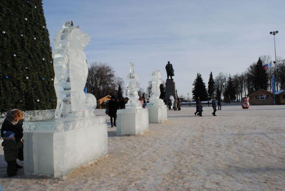 Ленин – в одном ряду с ледяными сказочными героями