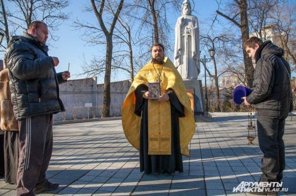 Батюшка рассказал, что Илья Муромец был канонизирован в 1643 году как святой.