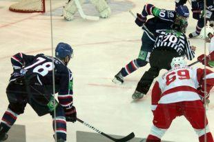 Хоккей: «Сибирь» переиграла «Локомотив» в Новосибирске - 3:1