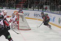 Александр Попов вошёл в хоккейную сборную России, которая выступит на Олимпиаде в Сочи.