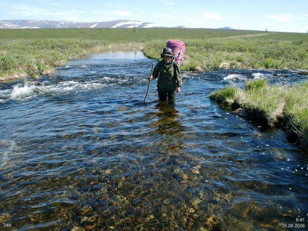 Переход реки на Полярном Урале