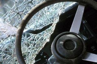 В Челябинской области лоб в лоб столкнулись две иномарки