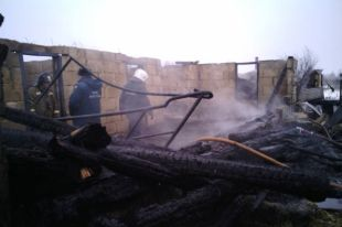 Сгоревший в Аргаяшском районе дом с пятью жильцами был частной гостиницей