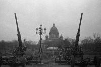 Зенитчики на страже Ленинградского неба.