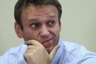 Алексей Навальный прокомментировал в своем блоге отставку Юревича