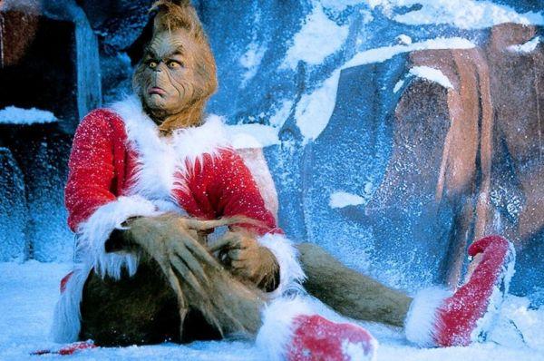 В 2000 году Джим Керри сыграл главного злодея в детской комедии «Гринч – похититель рождества». На съёмках актёра гримировали по три часа, в результате чего картина получила премию «Оскар» за лучший грим.
