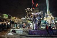 Площадь Независимости после разгона палаточного лагеря сторонников евроинтеграции в Киеве.