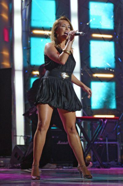 В 2003 году Фриске приняла участие в реалити-шоу «Последний герой-4», где дошла до финала, а по окончании программы заявила об уходе из «Блестящих» и начале сольной карьеры.