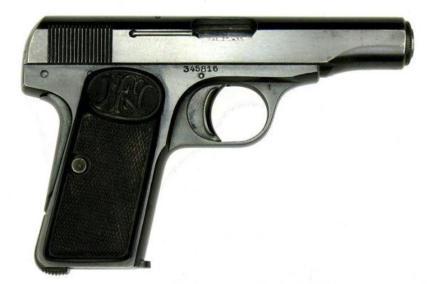 В 1910 году Браунинг разработал для компаний FN и Colt пистолет FN Model 1910, производившийся вплоть до 1983 года. Именно из этого пистолета в 1914 году Гаврило Принцип убил эрцгерцога Фердинанда, что послужило поводом к началу Первой мировой войны.