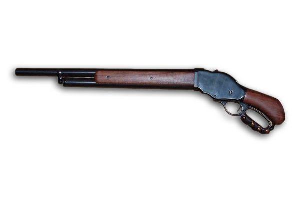 Прежде чем разработать свой первый пистолет Браунинг в 1886 году разработал ружьё Winchester Model 1887 – это оружие стало первым успешным многозарядным ружьём. Изначально Браунинг предлагал помповый механизм, но по настоянию фирмы Winchester применил узнаваемый бренд компании – рычажный механизм. Именно это ружьё использует Арнольд Шварценеггер в фильме «Терминатор 2».