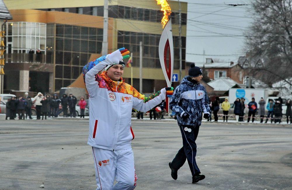 В связи с эстафетой Олимпийского огня в Ростове перекрыли 20 улиц.