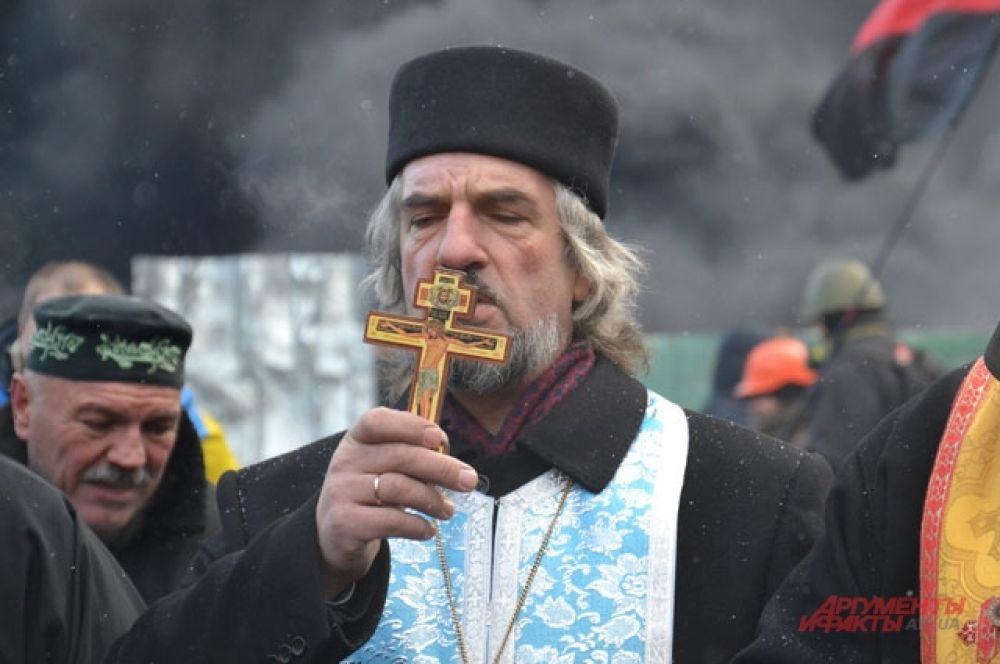 Служители церквей выражают солидарность с манифестующими