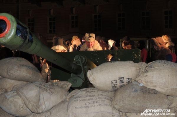 На Дворцовой воссоздали жизнь блокадного Ленинграда