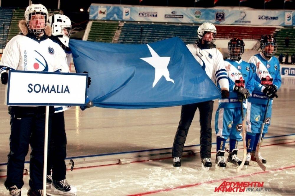 Сомалийские хоккеисты сразу стали любимцами иркутских болельщиков.