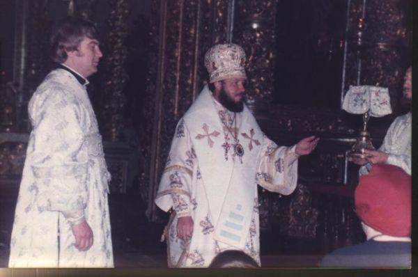 Таинство Евхаристии в смоленском Свято-Успенском кафедральном соборе