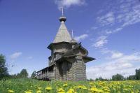 Пока храм у истока Днепра стоит пустым