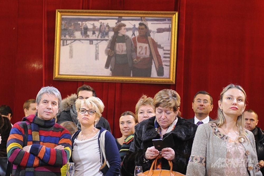 На полотне Анатолия Никича «Лыжники» спорт – это то общее дело, которое сближает людей всех возрастов и всех национальностей.
