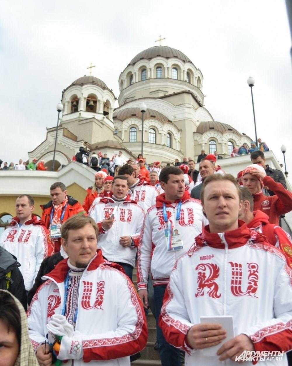 Богослужения здесь планируется проводить ежедневно, а во время Олимпийских игр двери храма будут открыты круглосуточно.